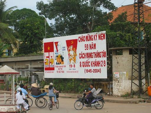 Komunistyczna Partia Wietnamu mocno świętuje