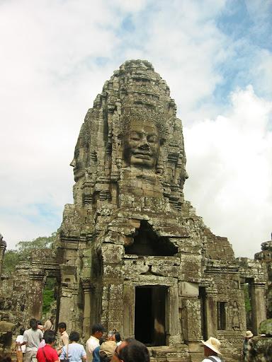 Lata świetności tego khmerskiego miasta to XII-XIII w.