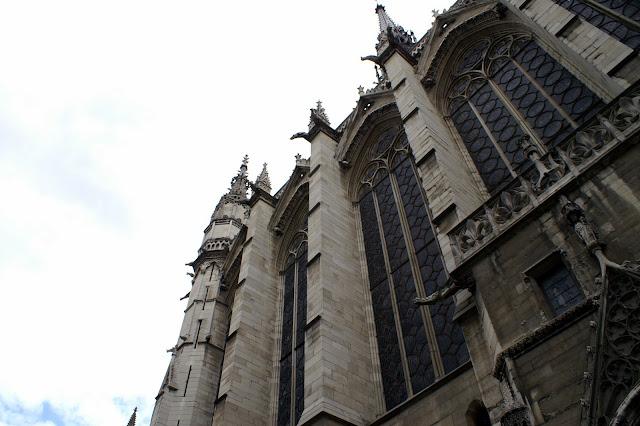 Paris - La Sainte-Chapelle dans Photographies du Paris d'hier et d'aujourd'hui