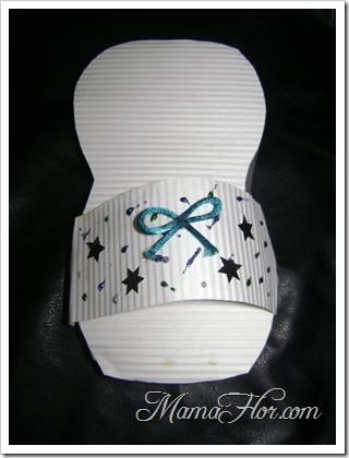 Caja de regalo en forma de sandalia