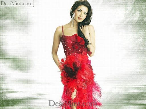 Priyanka_Chopra_Hot_Pics_Gallery