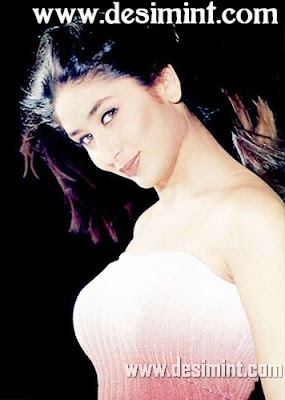 Desi Indian Actress Kareena Kapoor Hot Photo Gallery