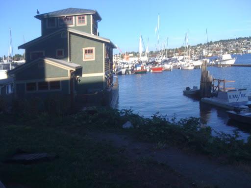 House boat on Lake Washington
