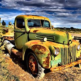 Farm Ford I Think.jpg