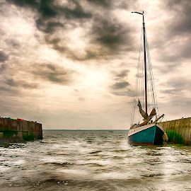 Fading day by Laura Prieto - Transportation Boats ( clouds, essex coast, sunset, ship, leigh on sea, harbour, sea, transportation )