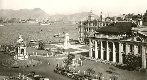 http://lh5.ggpht.com/jwschow/R0qt7A1OaCI/AAAAAAAAGhs/3s4p5UePlTc/HK_Statue_Square_1910%5B1%5D.jpg