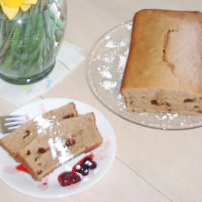 Sugarless Applesauce Cake