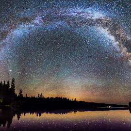 Expansive by Earshel Hogan - Landscapes Starscapes ( oregon, astro, lake, mw, milky way )