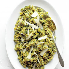 Fusilli with Spinach and Walnut Pesto