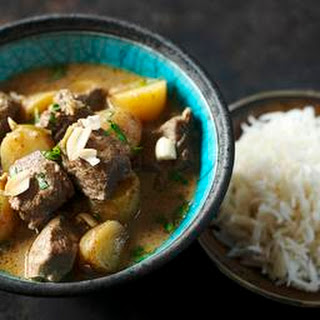 Slow Cooker Massaman Curry