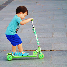 Scooter by Koh Chip Whye - Babies & Children Child Portraits (  )