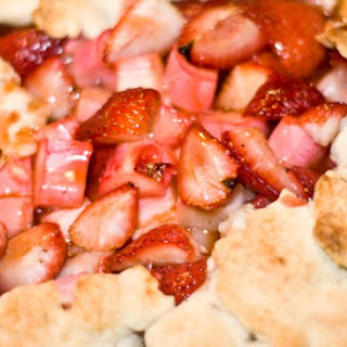Strawberry Rhubarb Crostata With Lavender Crust