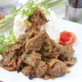 Beef Curry SL Style  by Syi Foodsgarden - Food & Drink Meats & Cheeses ( tomato, food, spice, beef, meat, curry )
