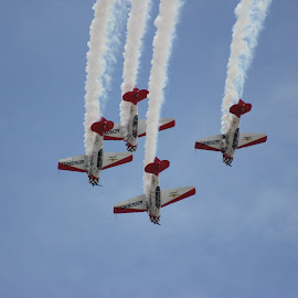 2014 Vectren Dayton Airshow by Eric Roetter - Transportation Airplanes ( aeroshell, stunts, airshow )