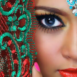 Half Beauty of India by Amin Basyir Supatra - People Portraits of Women ( bali, fashion, girl, beautiful, beauty, portrait )