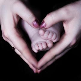 Isabelle & Mummy by Zoe Preston Rayne - Babies & Children Hands & Feet ( newborn photography, newborn shoot, baby girl, newborns, newborn )