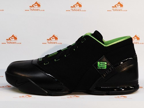 Black and Green LeBron 5 Low available in Hong Kong