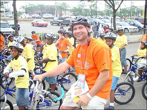 LeBron8217s Third Annual King for Kids Bikeathon Draws 2000