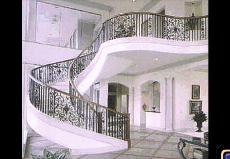 سلالم المنزل بديكورات رائــعة stair49.jpg