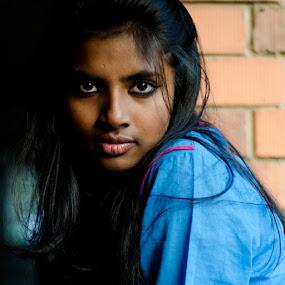 by Moin Ally - Instagram & Mobile Instagram ( dhanmondi, dhaka, bangladesh, nikon, female, portrait, woman )