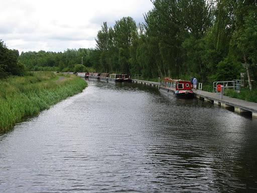 Falkirk Wheel - canal