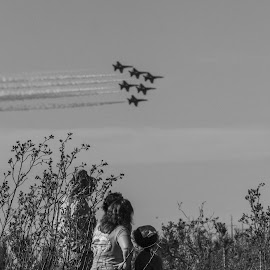 Sharing A Family Tradition by Anthony Drake - News & Events Entertainment ( #airshow #aircraft #planes #family #familyentertainment #traditions #b/w,  )