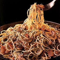 Spaghetti with Anchovies, Mushrooms and Olives