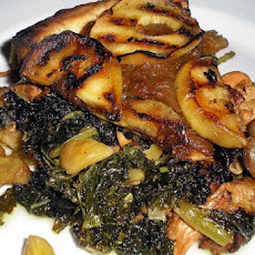 Kale with Sauteed Apple and Onion