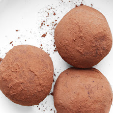 Raspberry-Peanut Butter Chocolate Truffles With Cocoa Powder
