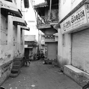 by Neha Shah  - City,  Street & Park  Street Scenes