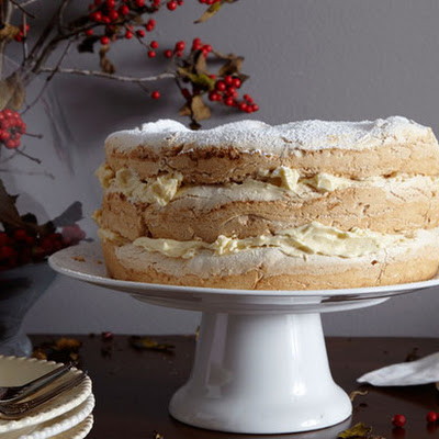 Meringue and Sweet Butter Cake