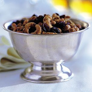 Curried Nuts and Raisins