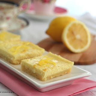 Lemon Cheesecake Bars with Shortbread Crust – Low Carb and Gluten-Free