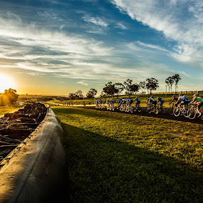 Sunset Sydney Motorsport Park by Joshua Nicholson - Sports & Fitness Cycling ( road bike, cycling, racing, eastern creek, sydney )