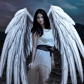 Angel Down by Huscyendra Ian - Digital Art People (  )