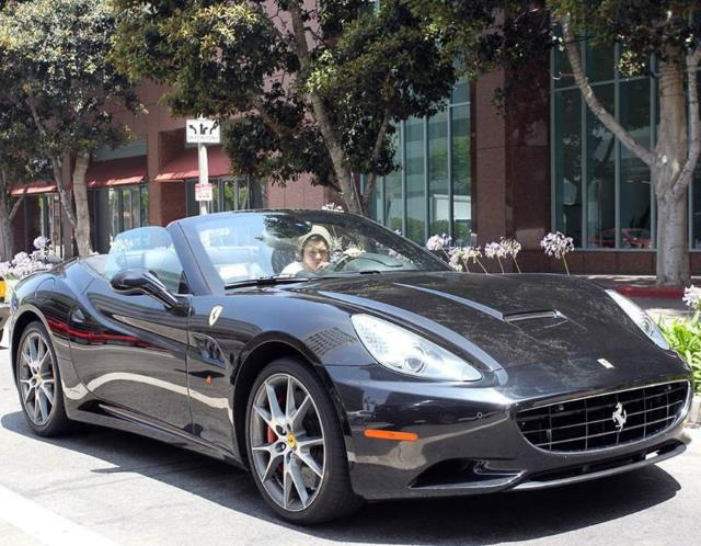 harry styles ferrari california