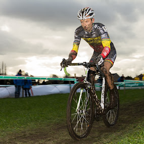 Sven Nys on his way to victory by Bart Joosen - Sports & Fitness Cycling ( hoogstraten, belgium, cyclocross )