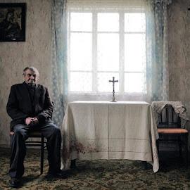 expectation by Lech Iwiński Foto - People Portraits of Men ( portrait )