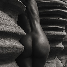 waves by Thomas Moke - Nudes & Boudoir Artistic Nude ( canon, body, model, monochrome, nude, black and white, fine art, sensuality, low light, landscape, skin, contrast, erotic, girl, natural sculpture, woman, fine art photography, rocks, passion, nudes, low key, waves, 5dmark3, beauty in nature, geometry, sensual, 17-40mm, sunset, naked, magic hour, lines, conceptual )