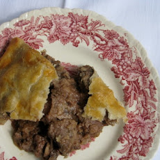 Sunday Supper: Steak and Kidney Pie