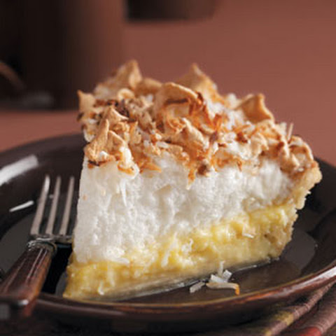Coconut Cream Angel Pie