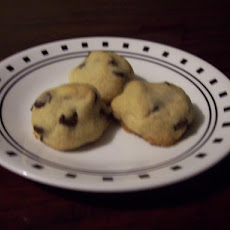 Chocolate Chip Kiss Cookies