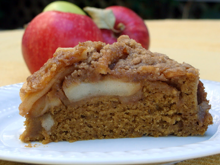 Apple Pie Pumpkin Cake