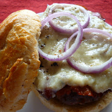 Maple Bleu Cheese Burger with Crispy Prosciutto & Red Onion