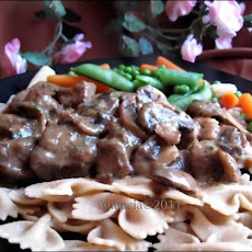 Beef and Mushrooms in Gravy