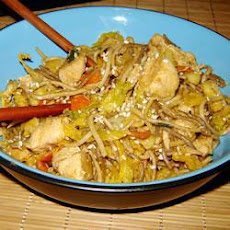Yakisoba Chicken Stir Fry