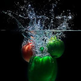 Second by Firdaus Zulkefili - Food & Drink Fruits & Vegetables ( water, fruit, splash, splashing, drop, aquarium, drops, vegetables, splash water photography, photooftheday,  )