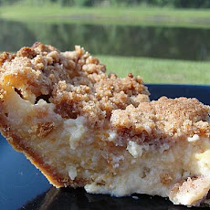 Peach Custard Pie With Streusel Topping