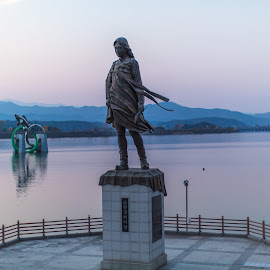 Virgin Statue of Chucheon by Brent Hendricks - Buildings & Architecture Statues & Monuments