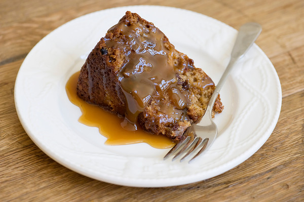 Easy One Bowl Apple Cake